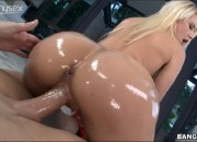 Anikka Albrite and Her Juicy Oiled Up Ass Gets Big Cock