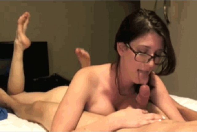 Hot Brunette With Glasses Enjoys While Does Blowjob