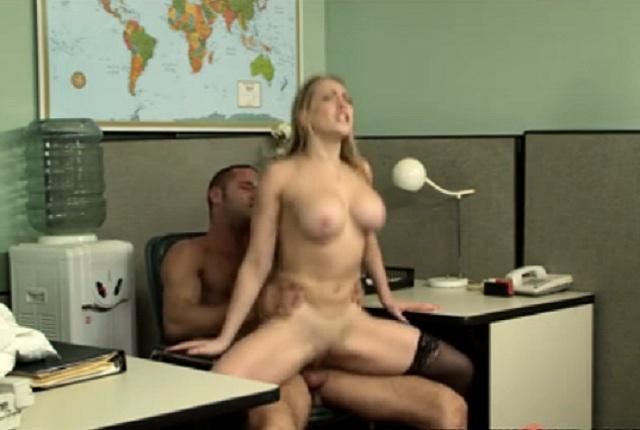 Hot secretary Kagney Linn Karter fucks with the boss in the office