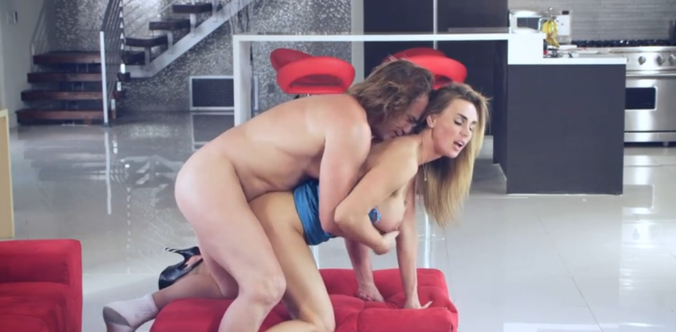 Busty Blonde Milf Tanya Tate in Hardcore Action