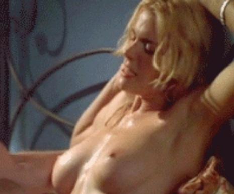Hot sex scene celebrity Hudson Leick's jiggling tits