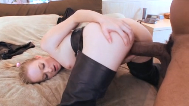 Nasty Amateur Cowgirl Enjoys BBC