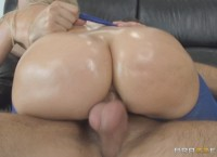 Anikka Albrite Oiled Up and Analyzed
