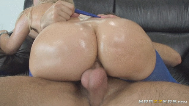 Up oiled anikka albrite