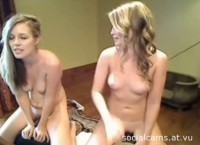 Amateur blondes webcam show