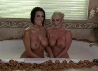 SOPHIE, DYLAN – WET COOKIES and MILKY TITS