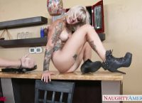 Tattooed Kleio Valentien 69ing a Dick