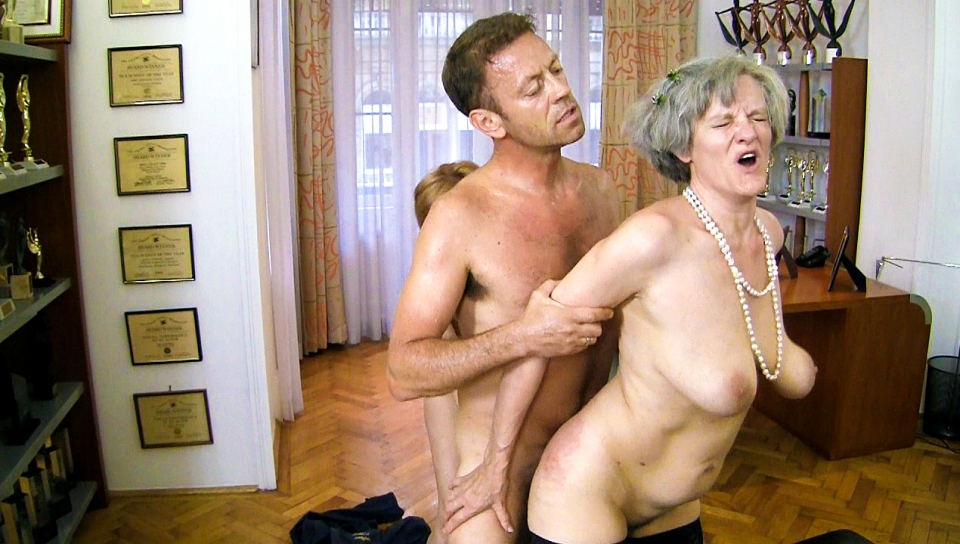 Young Guy Old Woman Creampie