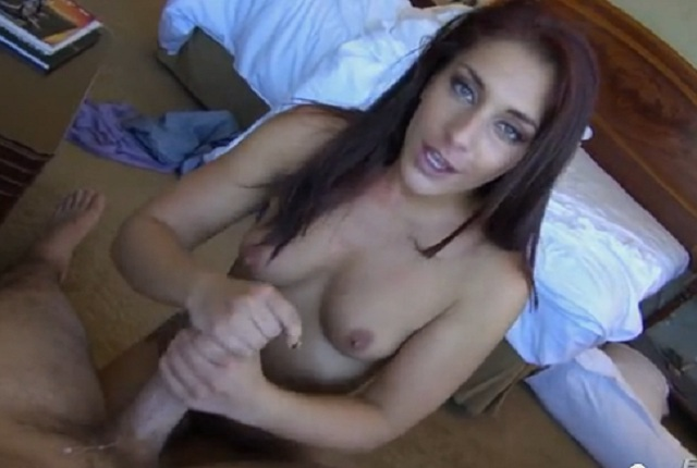 MILF with beautiful eyes gets fuck and blowjob