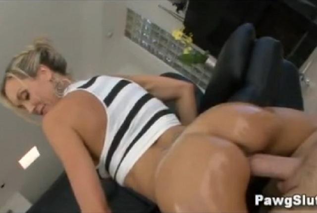 Hot Blonde Milf Yoga Pants