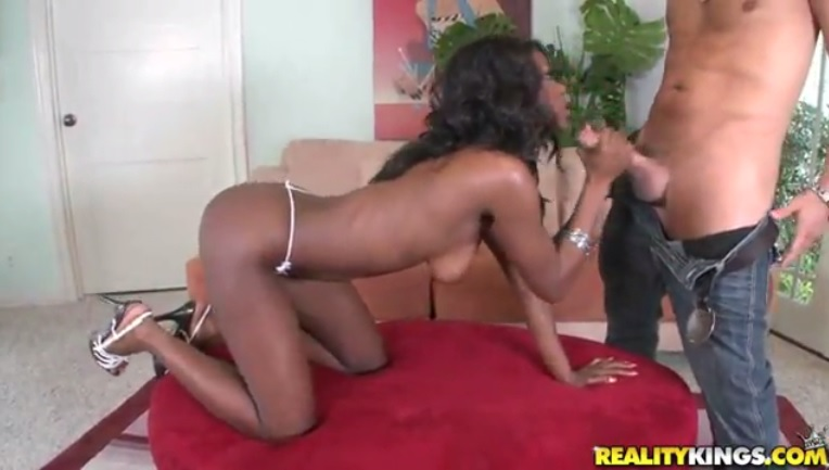 Great sex with a dark skinned beauty Jayden Hart