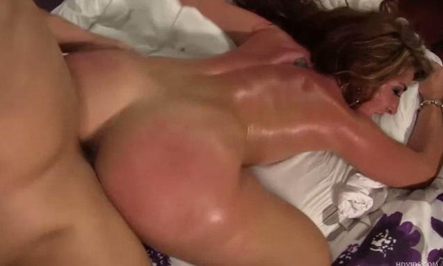 Big booty at car wash pounded soon after Savannah Fox