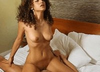 Melanie Jane gets titty cumshot after good fuck