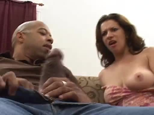 Looking for bigger cock than her hubbys